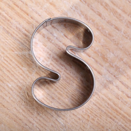 Cookie cutter - S Shape