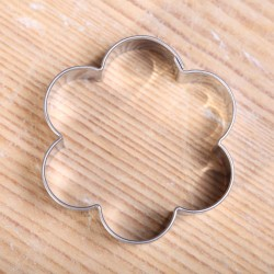 Cookie cutter - Flower with hole