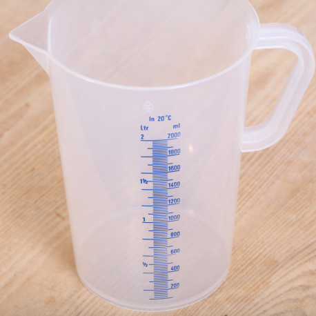 Measuring jug 2 liter plastic transparent