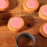 Pink fondant cakes with orange frangipane mmm