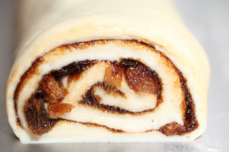 Sticky Cinnamon Buns – Weekend Bakery