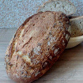 Nicoleta Badiu - Pain rustique with added seeds