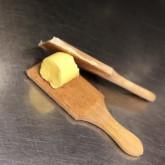 Marlie: Zelf boter maken met WKB boterplankjes