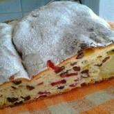 Pauli Riihioja - Finland -Stollen with raisins and cranberries.