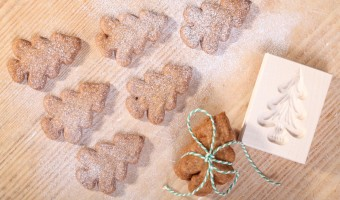 Speculaas Spelt Cookies with Almonds and Orange