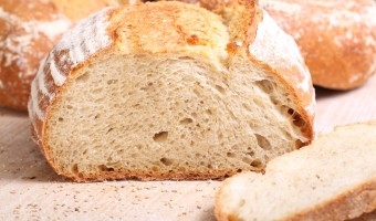 Semolina & sesame loaf