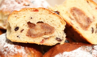 Holiday baking: Stollen bollen!