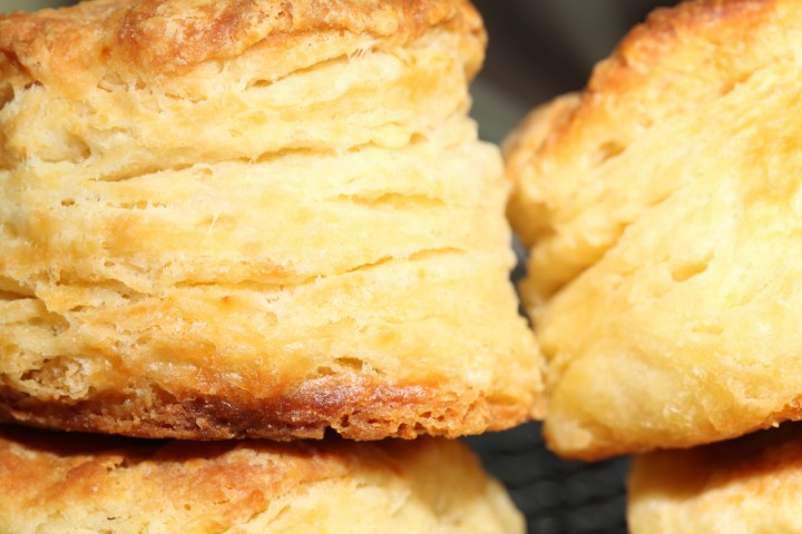 Making Buttermilk Biscuits – Try not to Fumble – Weekend Bakery