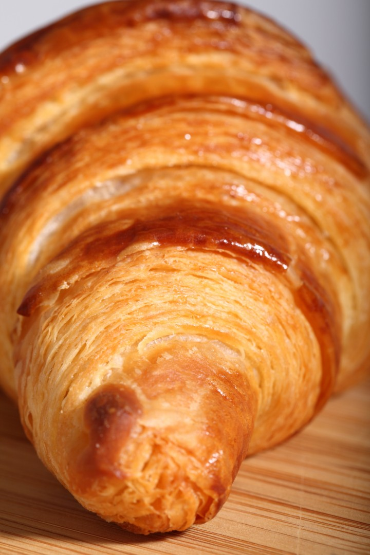 classic french croissant recipe weekend bakery. Black Bedroom Furniture Sets. Home Design Ideas